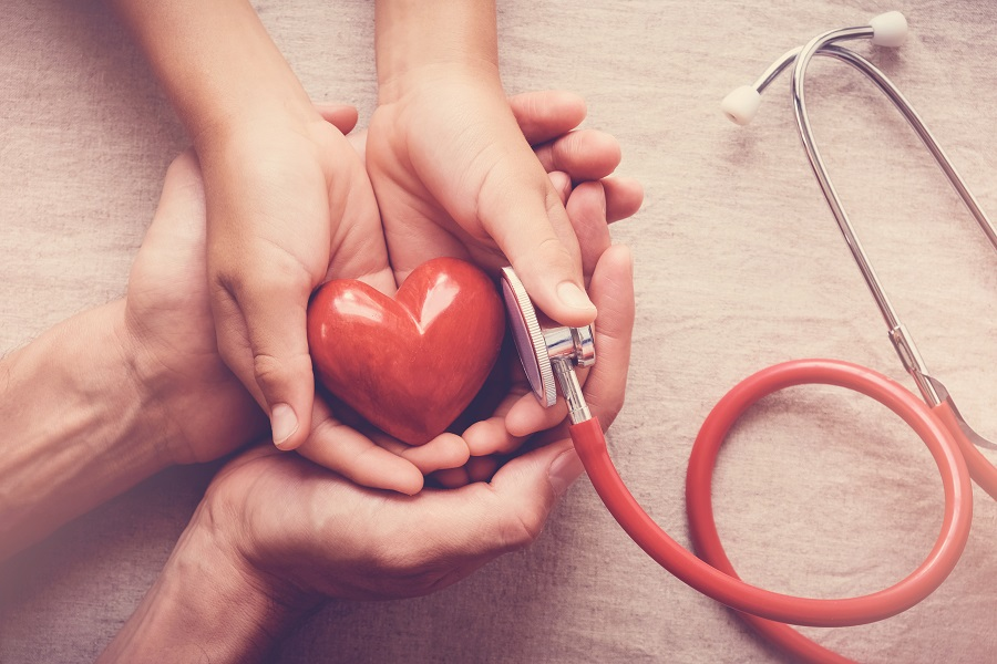 rizicna trudnoca i zdravlje bebe i simbol srca